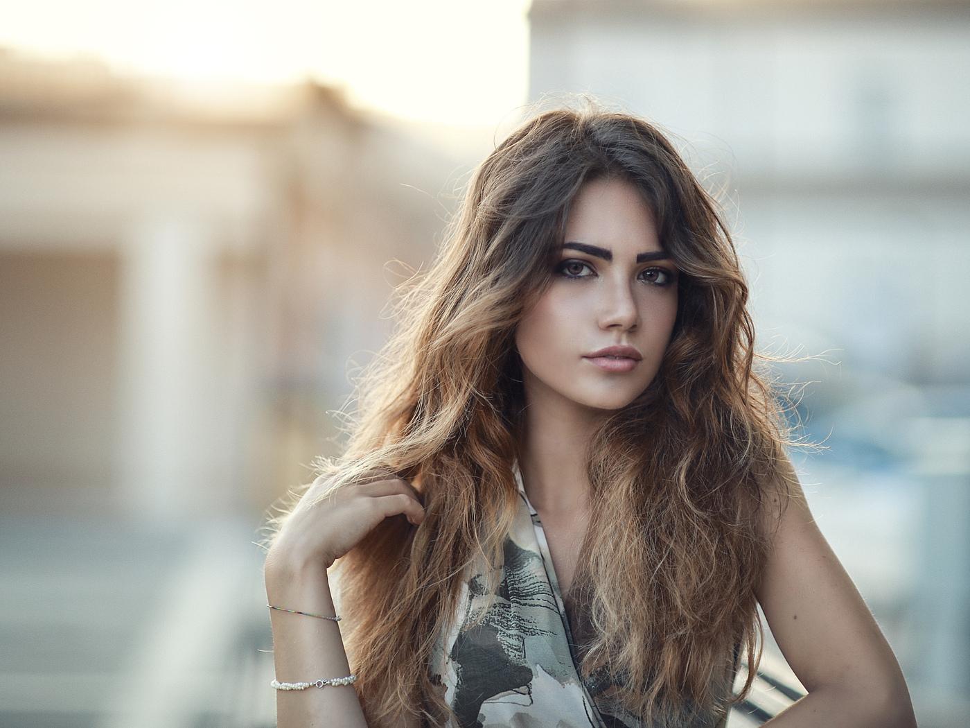 Single italian girls